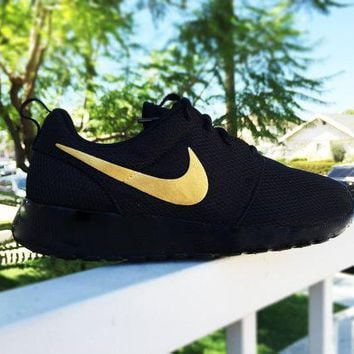 """""""NIKE"""" Roshe Trending Fashion Casual Sports Shoes Gold Silver"""