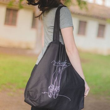 Pointe Doodle - Drawstring Tote