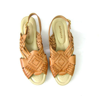 Braided Tan Brown Leather Sandals Vintage Open Toe Minimal Slip On Strappy Sandals  Boho Summer Shoes wedges Women's Size 9 Narrow