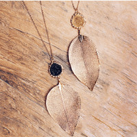 Never Leaf Me Necklace - Black