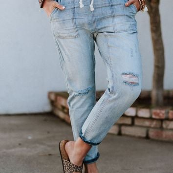 Rae Washed Cropped Boyfriend Jeans - Light Wash