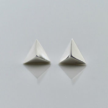 925 Sterling Silver Triangle triangular pyramid Silver Stud Earrings