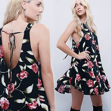 Floral Sexy Floral Backless Strappy Casual Boho Dress b2770