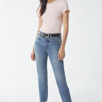 Levi's Wedgie High-Rise Jean – These Dreams   Urban Outfitters