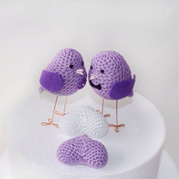 Couple of Love Birds Amigurui in  lilac, Wedding Birds Bride and Groom set, Wedding Cake Topper, Crocheted couple of love birds