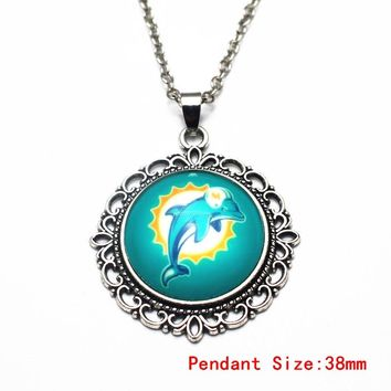Hot Sale 1pcs/lot Football Miami Dolphins Glass Pendant Necklace 20 Inch Chains Necklace For Women Sports Necklace DIY Jewelry