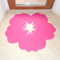 Hibiscus flower rug. Door mat flower shape.