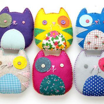 Wholesale Lot of 6 Felt Kitty Cat Plush Toys Softies Stuffed Animal Party Favors Gifts
