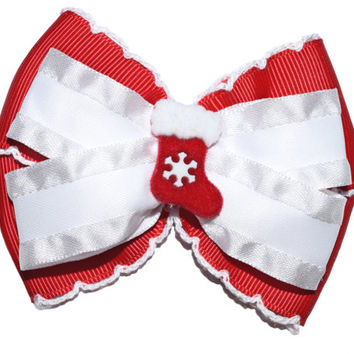 Christmas hair bow , baby Christmas bow , red and white layered bow , Christmas hairbow Christmas stocking toddler Christmas hair clip