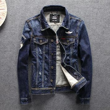 Trendy 2018 high quality Mens Denim with print Jacket Retro Ripped Jeans Jacket and Coat for Autumn spring AT_94_13