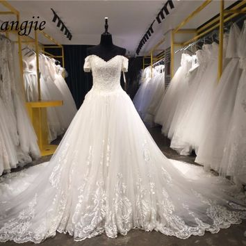 2018 A-line Wedding Dresses V-Neck Short Sleeve Lace Up Chapel Train Weddings Bridal Gowns Lace and Applique robe de mariage