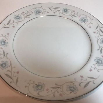 English Garden Fine China of Japan 4Pc.Dinner Plates Floral Gray Leaves Platinum