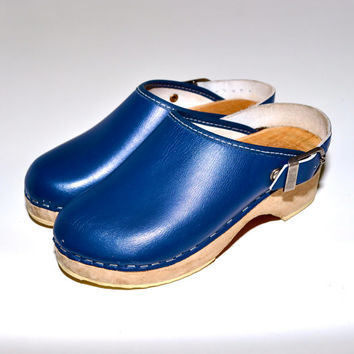 Make an Offer SWEDISH Wood & Blue Leather Slip On CLOGS 1970s Vintage Wooden Made in Sweden Youth Kids Boys Girls Size
