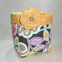 Floral Fabric Basket With Detachable Fabric Flower Pin