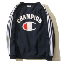 The new tide brand men 's sweater coat stripe champion logo plus cashmere head round neck sweater men tide