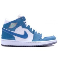 ONETOW Beauty Ticks 136085-140 Nike Air Jordan Retro 1 White Carolina Blue Patent Leather White University Blue A01007