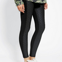 Sparkle & Fade Quilted Front Matte Legging