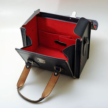 The Kali - Bag Vintage Black Camera Bag
