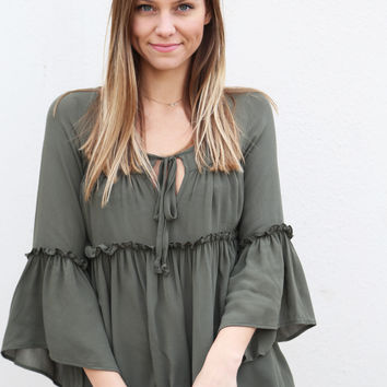 The Villager Top {Olive}