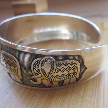 Thai Elephant Metal Tibetan Silver Color vintage retro Fashion Bracelet Cuff Bangle Free Shipping  for her