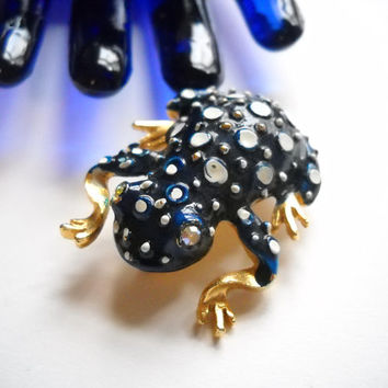 Weiss Vintage Brooch Frog Toad Signed Weiss Enamel Jewelry Aurora Borealis Eyes Blue White Enamel Gold Metal Figural Mid Century Statement