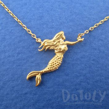 3D Mermaid with Flowing Hair Shaped Pendant Necklace in Gold | DOTOLY