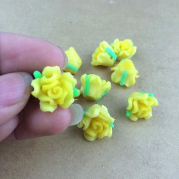 Free Shipping 100Pcs Polymer Fimo Light Yellow Clay Flower With Leaf Spacer Beads 15mm For Jewelry Making Craft DIY Beads