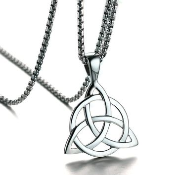 Mens Necklaces Irish Celtic Trinitys Knot Pendant Necklace in Silver Tone Stainless Steel Northern Europe Vintage Jewelry