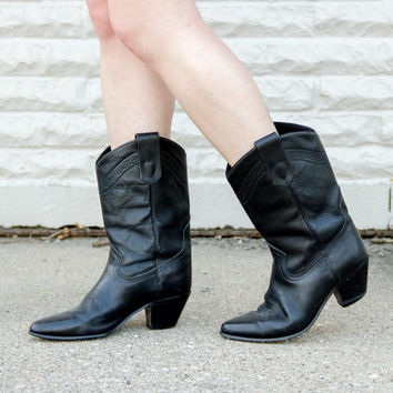 vintage cowboy boots size 8 / womens cowboy boots size 8 / black cowboy boots / cowgirl boots size 8 / leather cowgirl boots