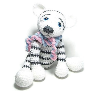 Crochet White Tiger - Amigurumi Tiger - Exotic Cat Stuffed Animal - Cat Stuffed Animal - Plush Toy - Children's Gift Ideas - Crochet Gifts