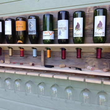 Simplistic - reclaimed wood wine rack