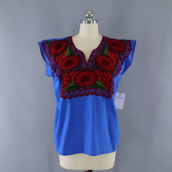 Vintage 1970s Mexican Embroidered Tunic / Blue & Red Floral / Oaxaca Embroidery