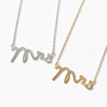 mrs necklace, mrs, woman necklace, bridesmaid necklace, gift for her, gift for mom, wedding jewelry
