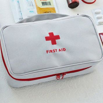First Aid Kit Bag Emergency Kits Portable Medical Package For Outdoor Tour Camping Travel Survival Safety Rescue Bag Red