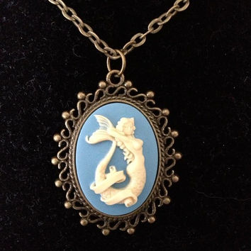 Sm Mermaid Cameo pendant Necklace