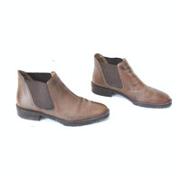 size 7 brown leather CHELSEA boots vintage 80s 90s MINIMAL slip on hipster ankle BOOTIES