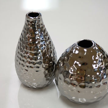 Sai Hammered Vase - Titanium Finish 5.5""
