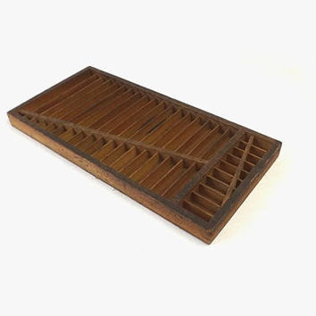 Vintage Letterpress Tray, No 3045 Quarter Size Rule Case, Small Wooden Typesetter Printer's Drawer, Primitive Home Decor Shadow Box