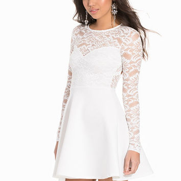 Scallop Back Lace Skater, NLY One