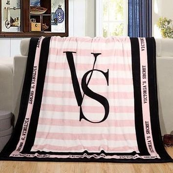 VS Print Comfortable Soft Fleece Warm Blanket Sofa Cover