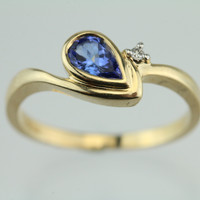 Tanzanite & Diamond 14Kt Yellow Gold Ring