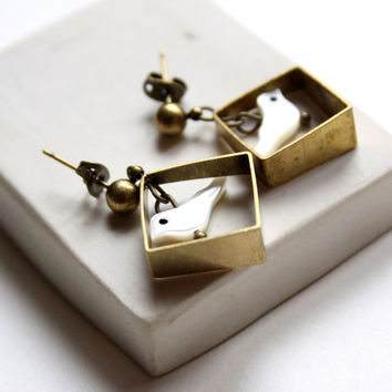 Geometric Shaped Stud Earring with White Mother of Pearl Birds - Doves