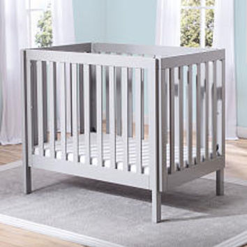 Delta Children Bennington Elite Mini Crib with Mattress - Grey