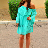 STORY TO TELL OFF THE SHOULDER LACE DRESS IN MINT