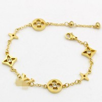 LV Louis Vuitton Small Accessories Splicing Bracelet Stylish Ladies Titanium Bracelet Jewelry Gold