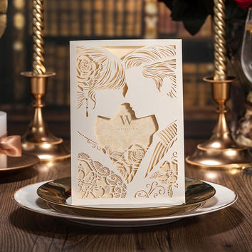 Laser Cut Wedding Invitations Set with Couple Kissing  50PCS