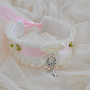 Zen koi - fairy kei pastel kawaii cute lolita kitten pet ddlg play - ivory and pink collar with eastern fish pendant