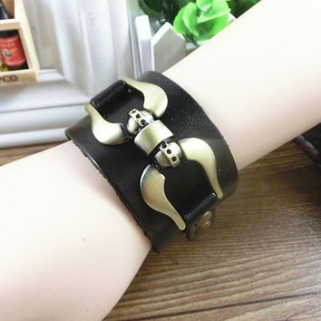 Fashion Punk  Adjustable Leather Wristband Cuff Bracelet  - Great for Men, Women, Teens, Boys, Girls 2762s