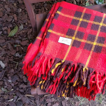 Faribo Fluff Loomed Red Wool Plaid Stadium Blanket Afghan Throw Faribault Woolen Mill Co.
