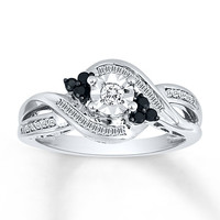 Black/White Diamond Ring 1/4 carat tw Sterling Silver